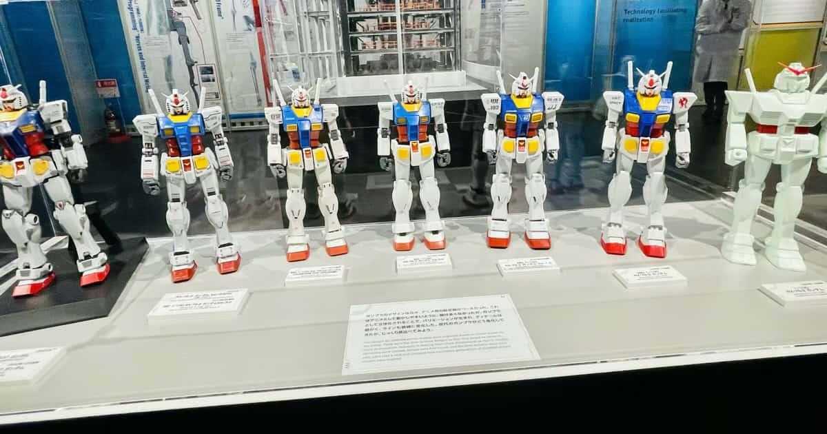 ガンダムファクトリー横浜アカデミー展示ガンプラ