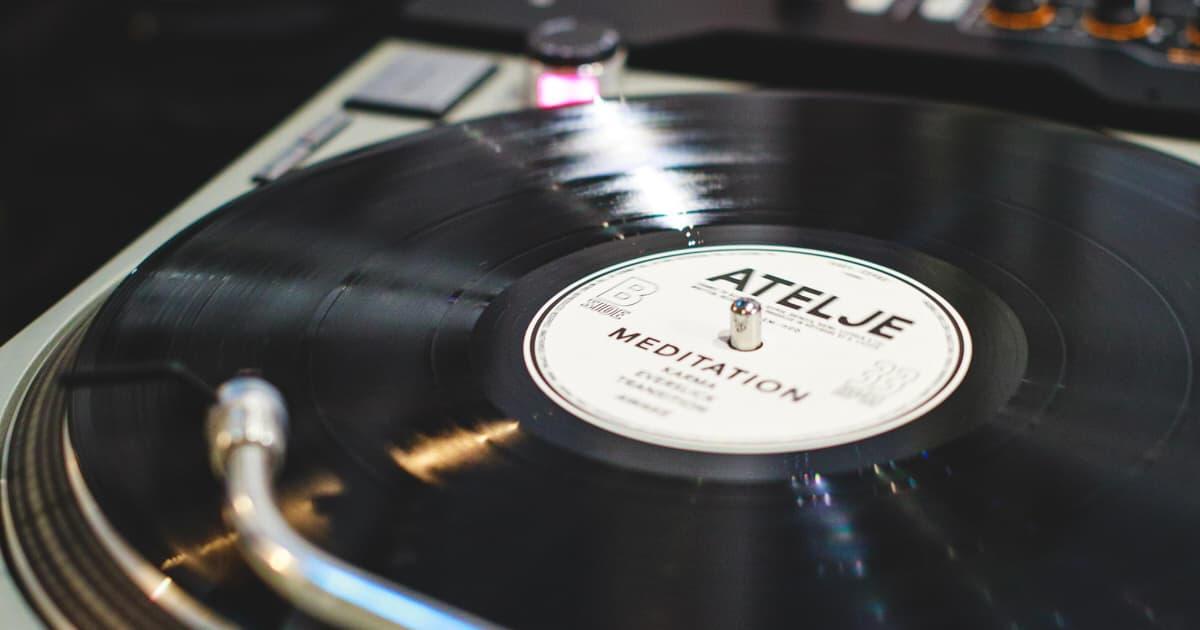 DJの機材画像